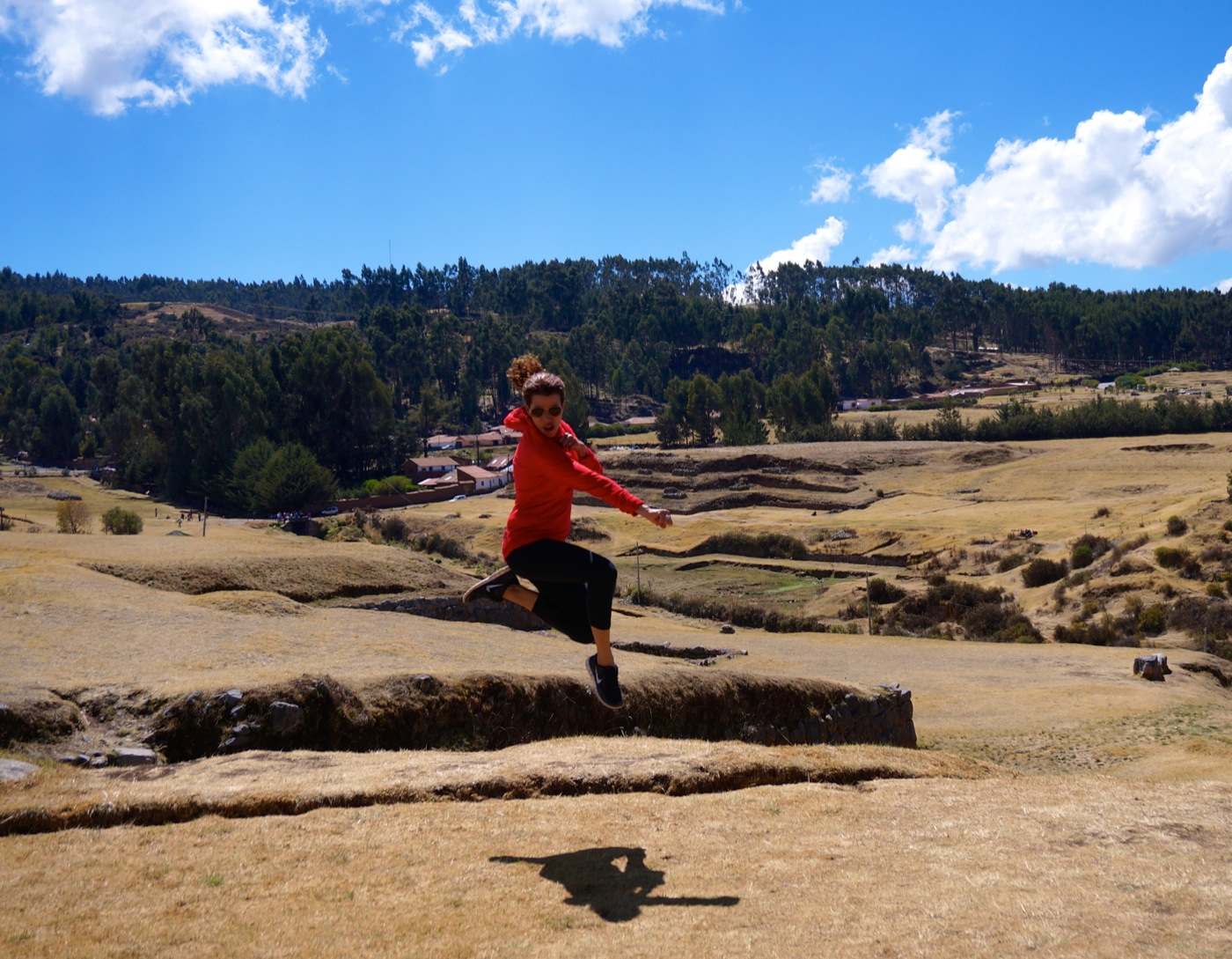 GirlsLove2Travel Sacsayhuaman1
