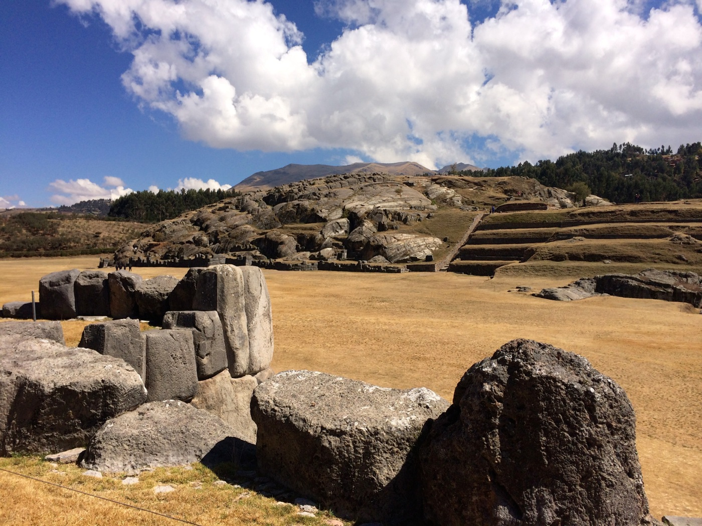 GirlsLove2Travel Sacsayhuaman3